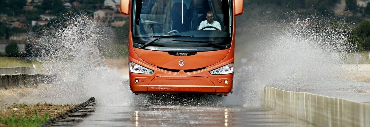 04.bus-agua